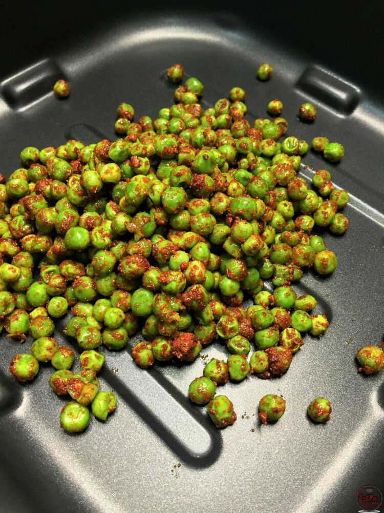 Air Fried Spicy Green Peas